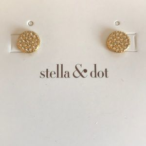 Stella. & Dot gold and crystal stud earrings